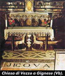 [IMG]http://rispondiaitdg.altervista.org/files/altare_della_chiesa_di_vezzo.jpg[/IMG]